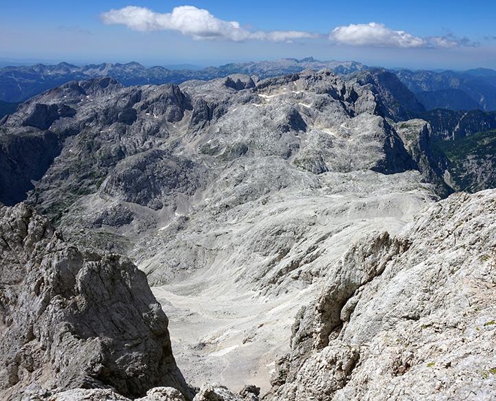 podejście pod główny wierzchołek z widokiem na panoramę północną - zachodnią