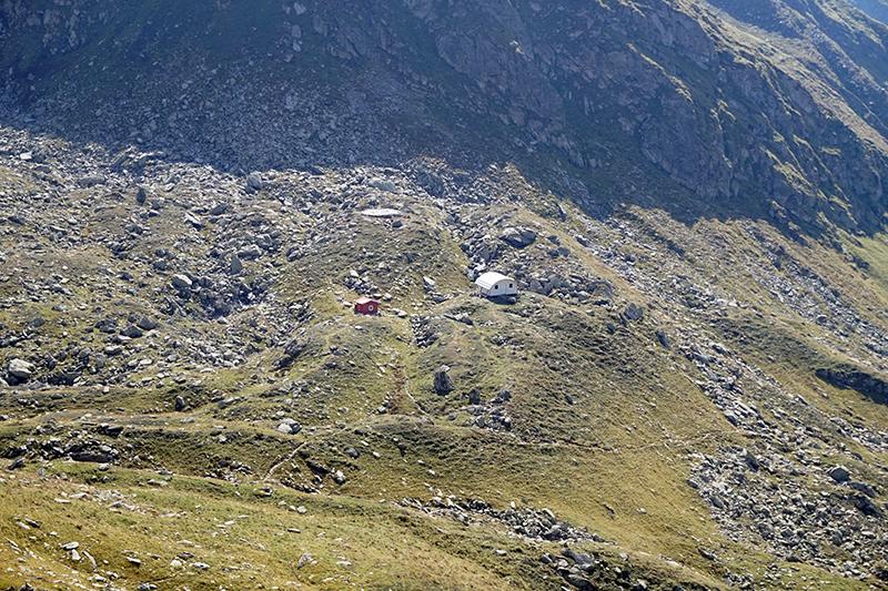 schron awaryjny na przełęczy Portita Arpasului