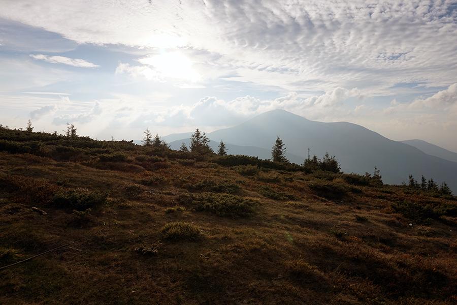 widok na zachodnią część pasma Beskidów Wschodnich