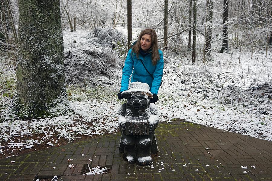 Lidzia poprawia kapelusz elfowi, droga na najwyższy szczyt Estonii