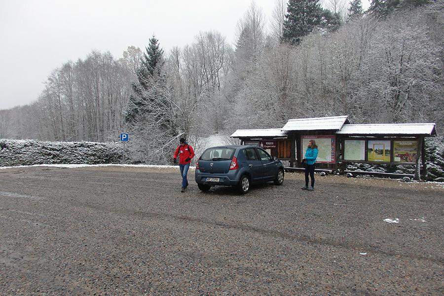 parking pod najwyższym szczytem Estonii