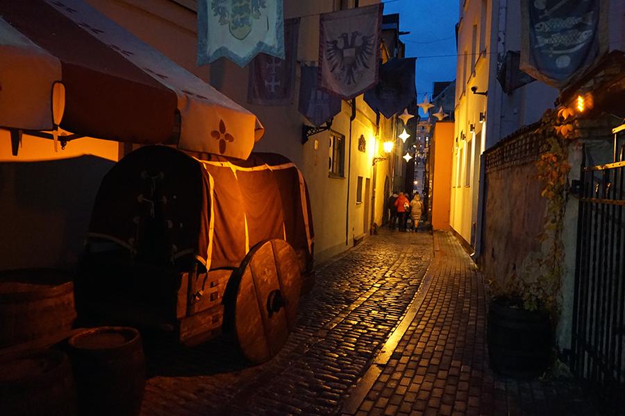 Stare Miasto, uliczki nocą
