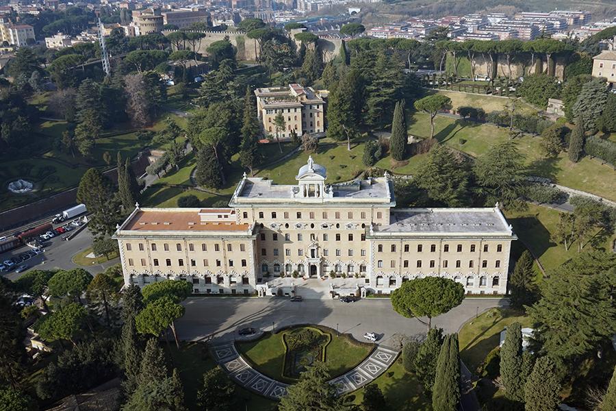 Panorama z kopuły Bazyliki Św. Piotra. Widok na Pałac Gubernatora oraz Kolegium Etiopskie.