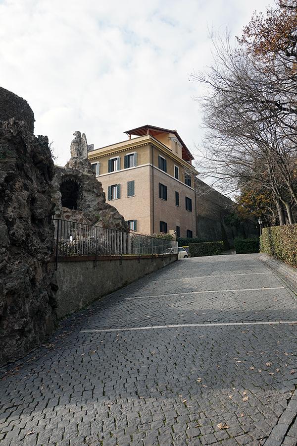Rezydencja emerytowanego papieża Benedykta XVI.