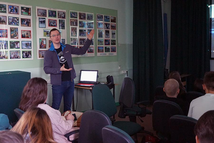 Spotkanie z uczniami Zespołu Szkół Ogólnokształcących numer 7 z oddziałami sportowymi w Radomiu