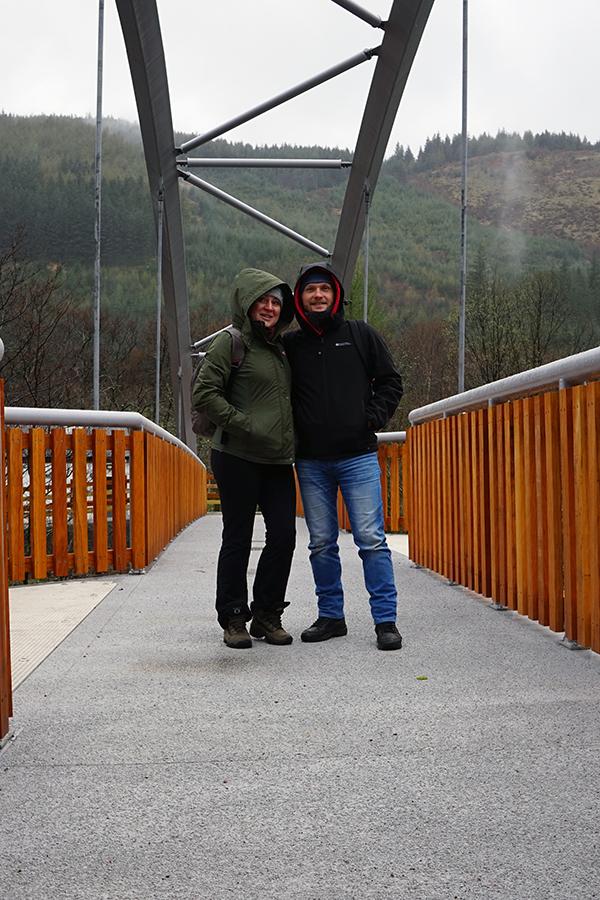 drewniano - betonowy most w drodze na szczyt Ben Nevis (Maciek i Agata)