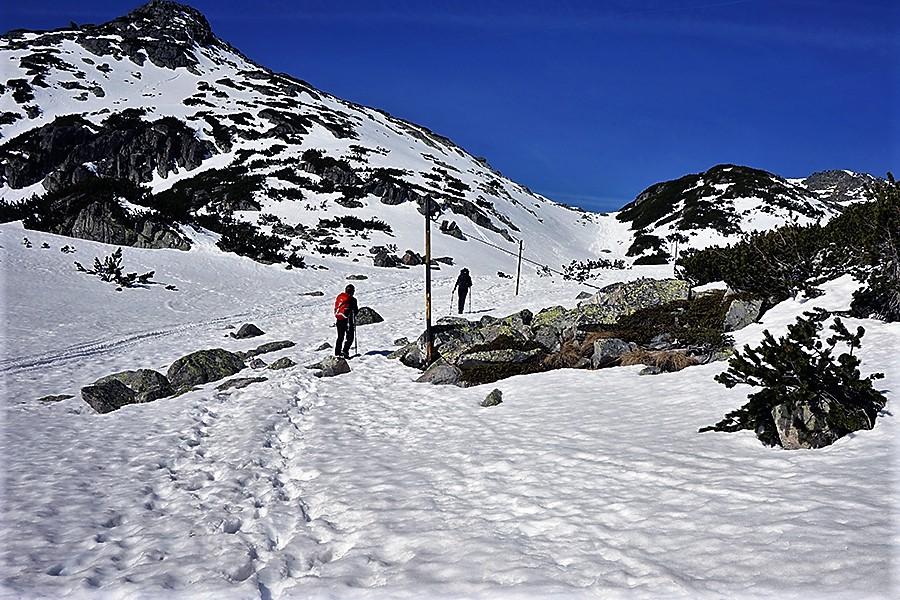 """droga na szczyt za plecami zostawiamy pierwsze schronisko """"Musała"""", pierwsze przewyższenie"""