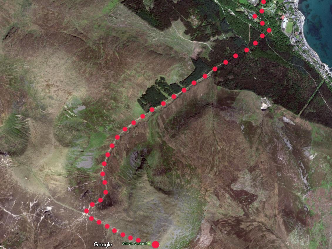 mapa z trasą wejścia, trasa od Newcastle do Slieve Donard