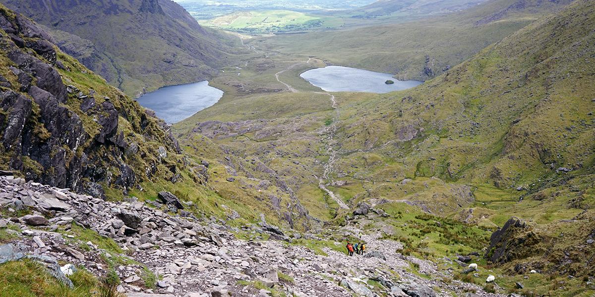 droga Devil's Ladder (drabina śmierci), w tle jeziora Callee i Gouragh