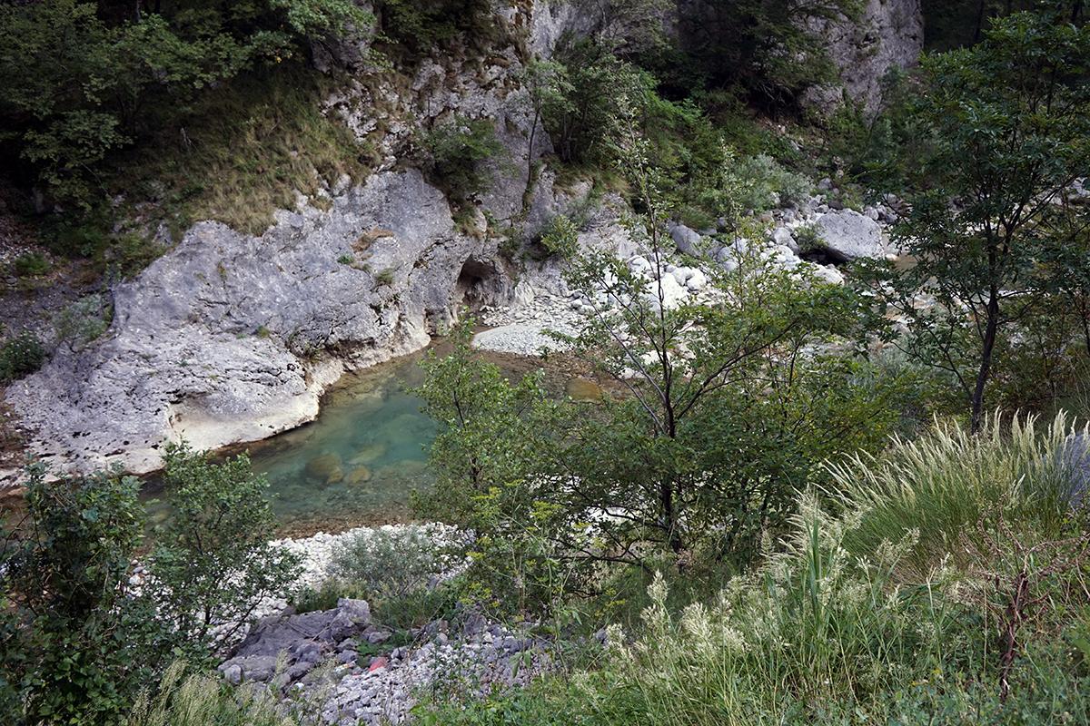 droga do Tjentište, koryto rzeki Sutjeska