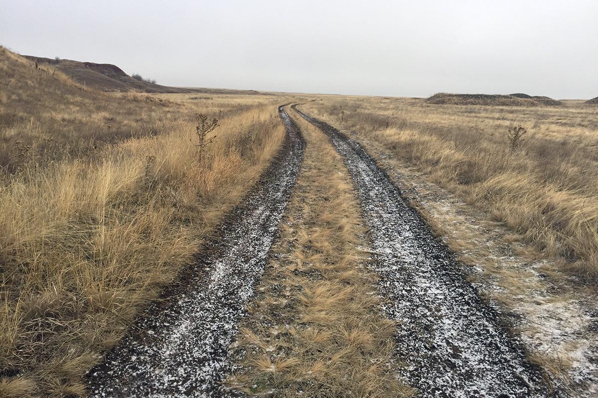 droga powrotna, po lewej stronie najwyższy szczyt Kazachstanu Unii Geograficznej