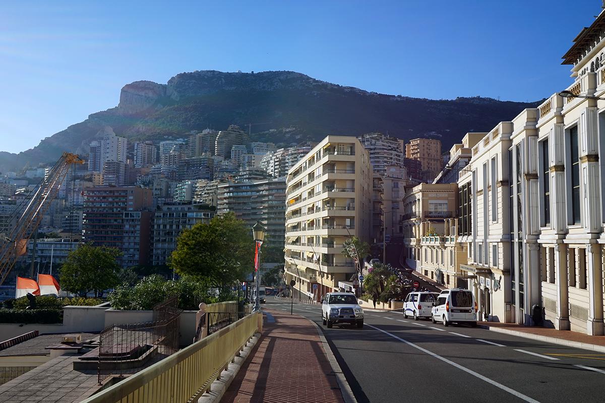 widok na miasto - państwo od strony kasyna