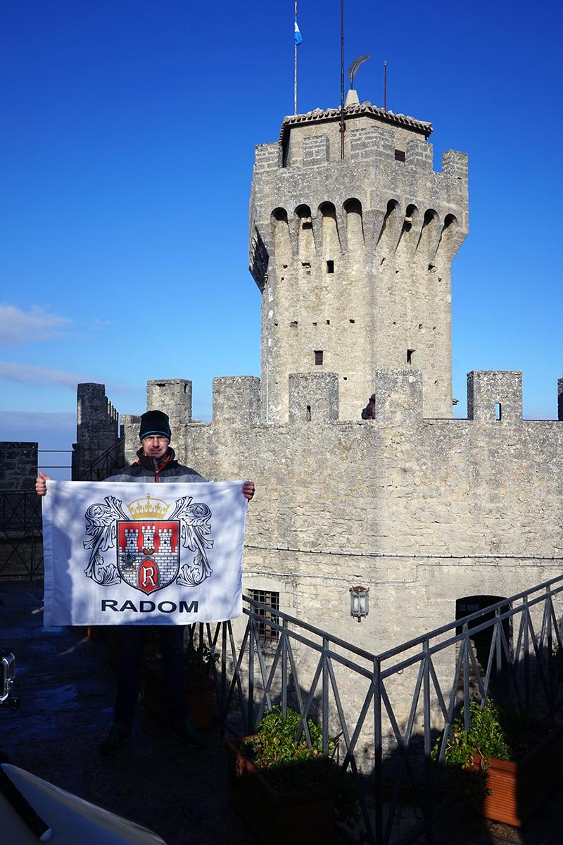 najwyższy punkt San Marino, Monte Titano, wieża Cesta 739 metrów